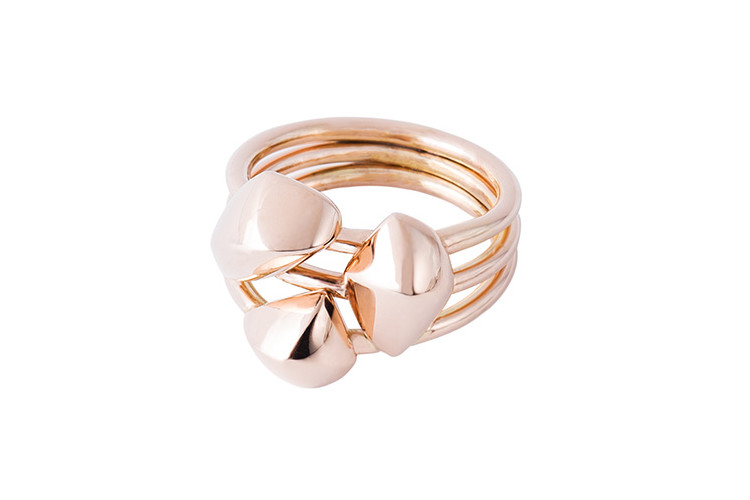 Contemporary jewelry in rosegold from Paris