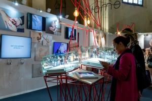 Participation d'Annette Girardon a l'exposition Secrèts de bijoux à Bordeaux en 2019